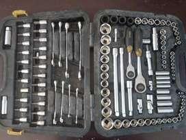 Caja de herramienta STANLEY