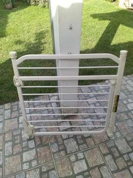 Puerta de segura para escaleras