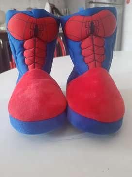Vendo botas tipo esquimal original Marvel