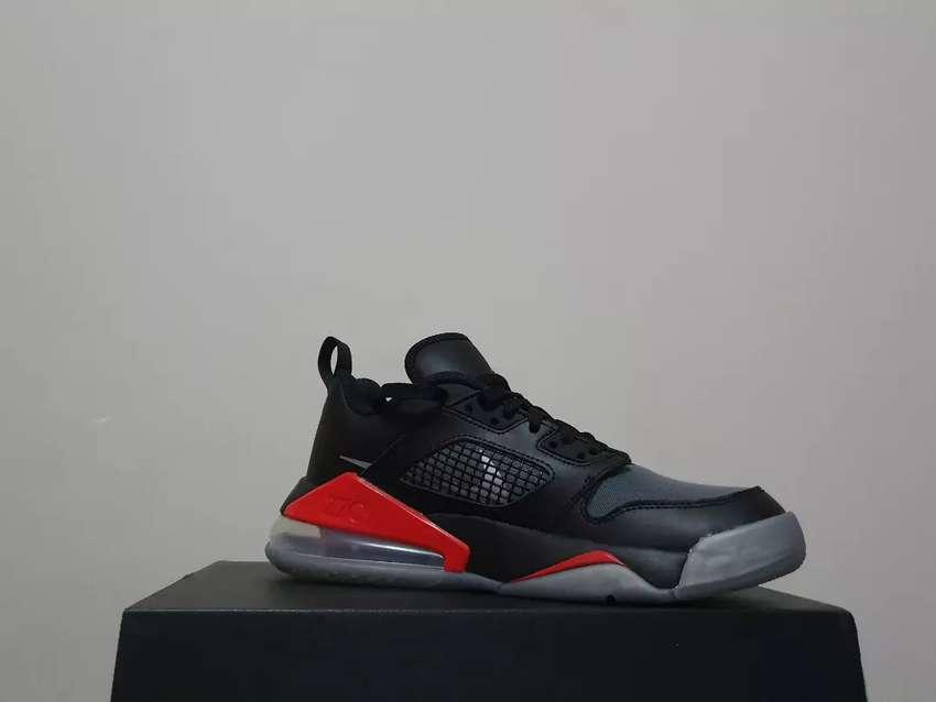 Zapatillas Jordan Mars 270 0