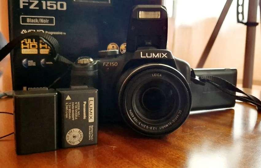 Lumix FZ 150 0