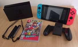 Nintendo Switch + Super Mario Odyssey + Tarjeta de memoria 32G + Case