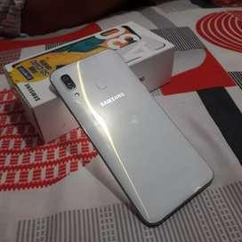 Vendo telefono Samsung A 30