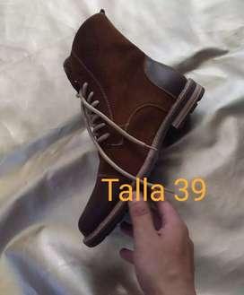 Botas talla 39