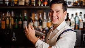 Se busca bartender