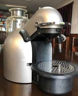 Cafetera Nespresso Krups FNA 241/1MO-2407 R