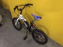 Bicicleta rod 14 marca Roller
