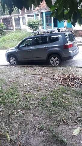 Camioneta Chevrolet Orlando excelente estado 10 /10