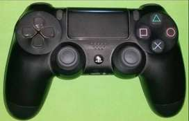 Vendo joystick de ps4 a $4500