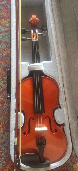 Violin.    Madera.  Buen estado