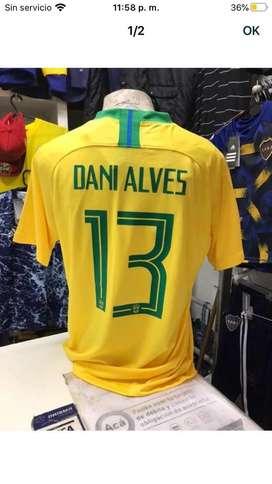Camiseta brasil 13 dani alves