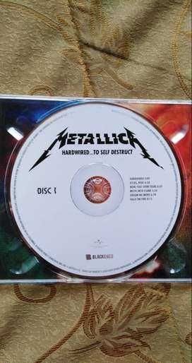"""a la venta Cds originales del ultimo album de Metallica """"hardwired to self destruct"""" en buen estado"""