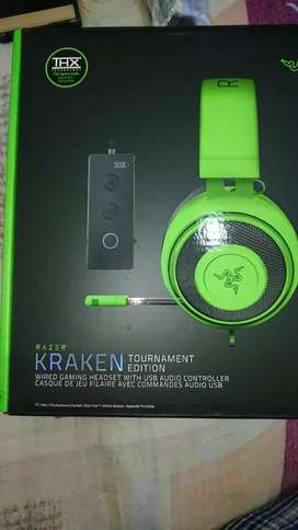 Vendo razer kraken tournament edition THX SPATIAL AUDIO