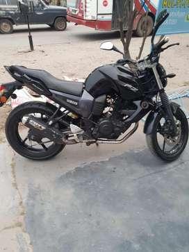 Moto Fz 16 2011