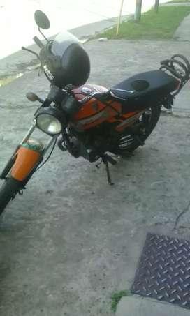 Vendo moto zanella en muy buen estado