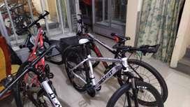 Bicicleta revolt aro 26