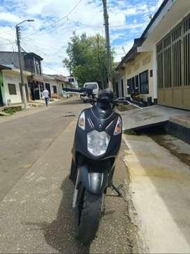 VENTA DE MOTO DYNAMIC 125 AKT (NEGOCIABLE)