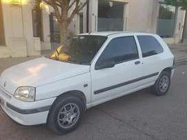 Vendo Clio 98 full con vtv