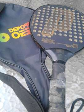 Raquetas y paleta usadas pero en muy buen estado ,vendo todo el lote