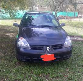Renault Clio impecable!