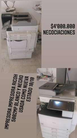 Impresora Ricoh 5002mp Blanco y negro