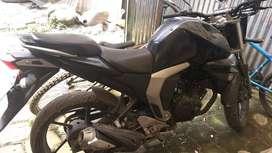 moto yamaha fz16 v 2.0 140kg 8000rmp