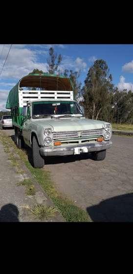 Camioneta NISSAN JUNIOR
