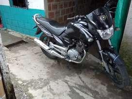 Se vende ybr125
