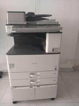 fotocopiadora marca  RICOH Aficio MP 3352