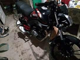 Se vende moto FX 200 no tiene ni un año de uso