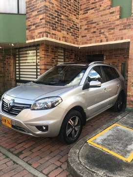 Se vende camioneta Renault Koleos privilege 2015 4*4