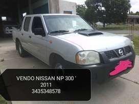 VENDO NISSAN NP 300 EXCELENTE