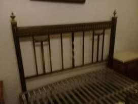 vendo cama de bronce de 2 plasas