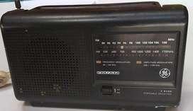 RADIO PEQUEÑO EN BUEN ESTADO