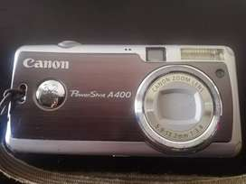 Cámara Canon A400 para arreglo o repuestos