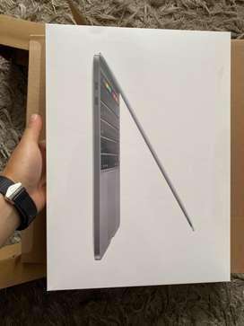 """Macbook pro Touch Bar 2020 256gb Space Gray i5 8GB ram 13"""" Nuevos Sellados"""