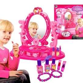 Tocador Para Niña Espejo De Juguete Con Luces Y Sonido TOC0300