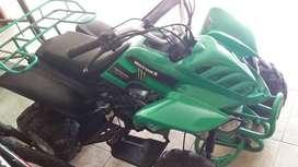 Vendo hermoso Cuadron marca MOTOR 1toda prueba 4 velocidades incluye retro
