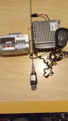 Vendo radio reloj y antena para taxi