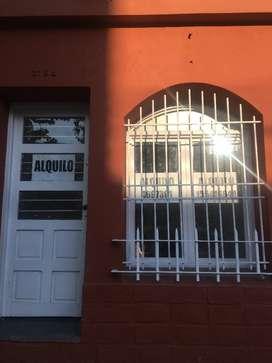 ALQUILO OFICINA / SALON COMERCIAL