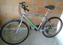 Bicicleta todoterreno #26