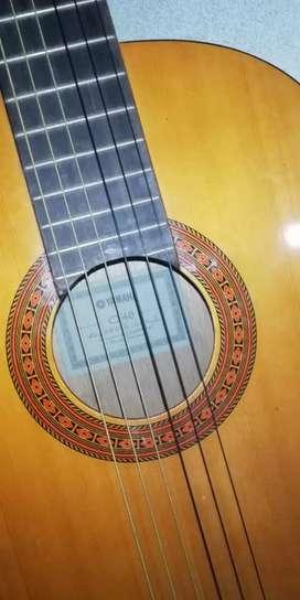 Guitarra elctroacustica Yamaha