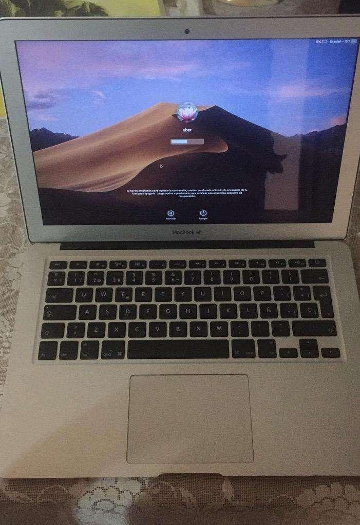Macbook Air A1466 0