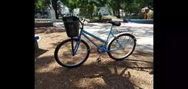 Bicicleta playera para dama. Rodado 26.