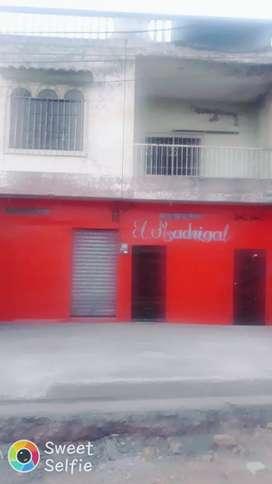 Se vende casa en yaguachi avenida centenario