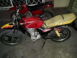 Moto Pegaso motor 200