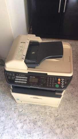 Vendo impresora kiosera  KM2810