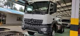 Camión Dobletroque Mercedes-Benz Arocs 3333K Alemán 100%