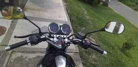 Se vende moto GS 125 modelo 2010