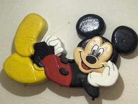 Mickey mouse hecho en icopor